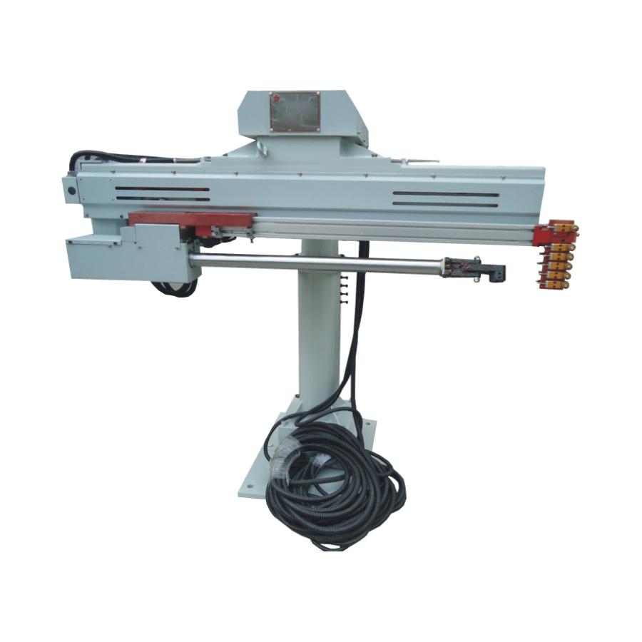 压铸-热室喷取一体机